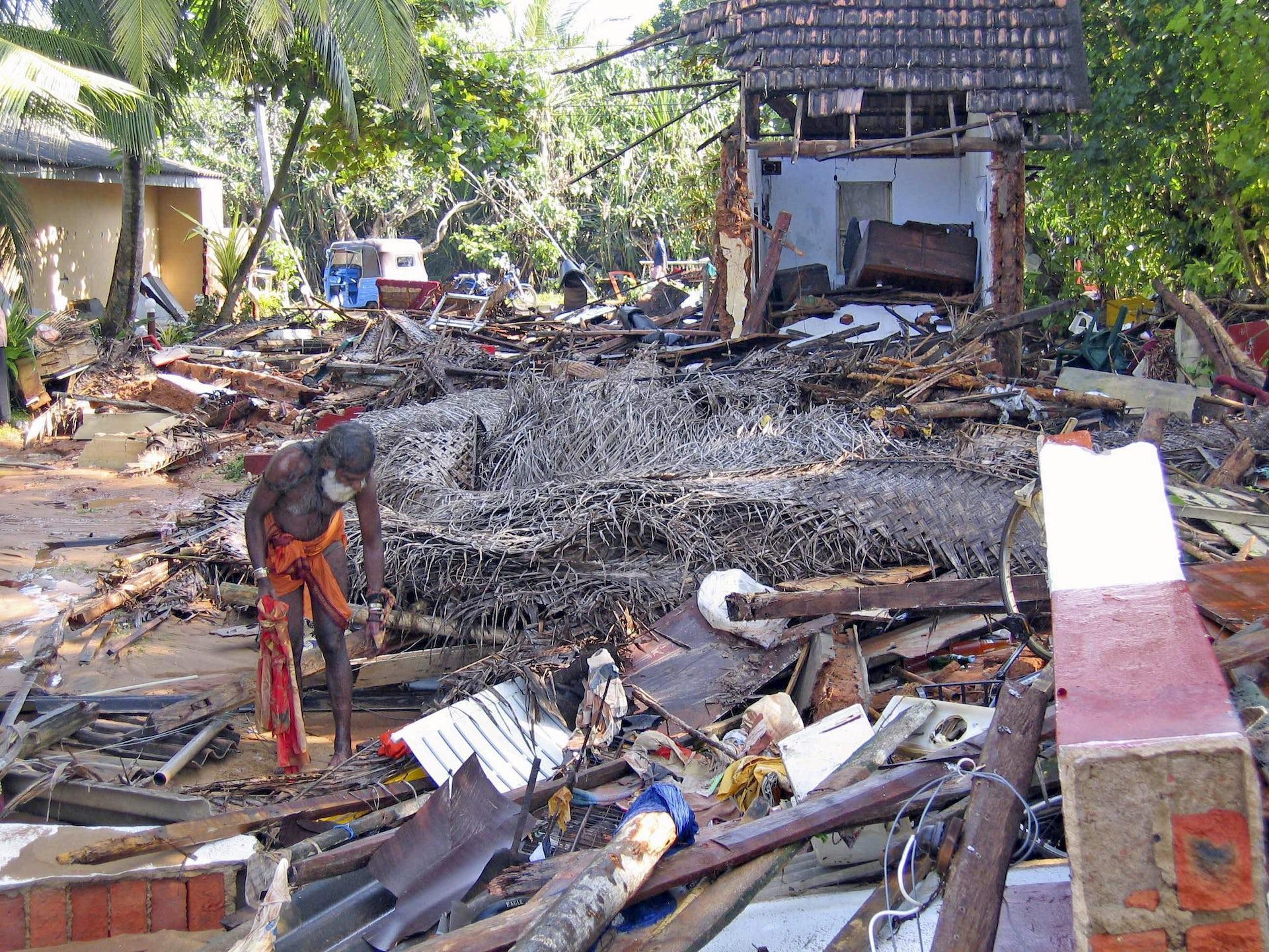 Tsunamis disaster asian