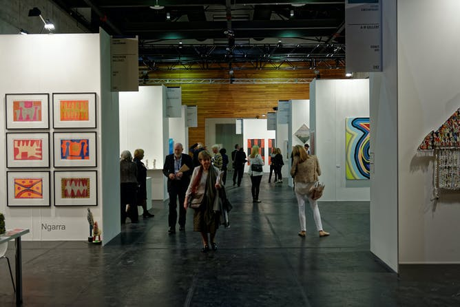 friday essay the art market is failing n artists the second edition of the sydney contemporary art fair took place in 90 galleries from 13 countries aap image newzulu thinking media