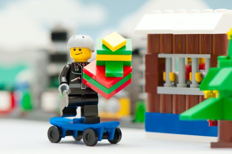 conomie du jouet le jeu de lego. Black Bedroom Furniture Sets. Home Design Ideas