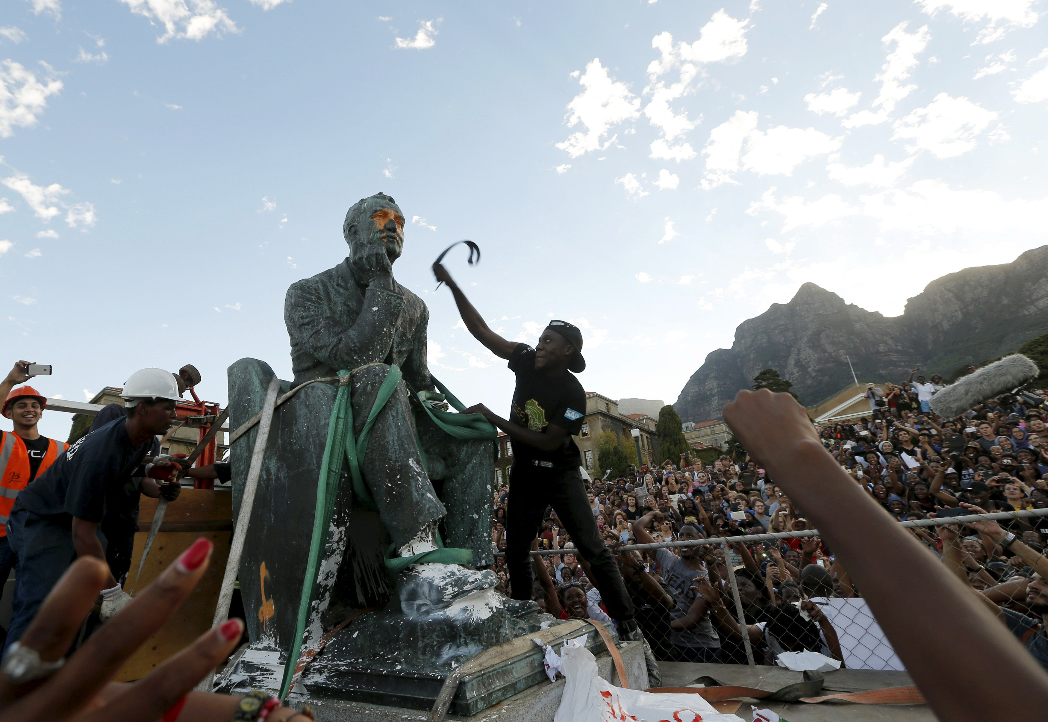 the legacy of cecil rhodes should not be removed When some afrikaner students demanded the removal of a rhodes statue at the university of cape town legacy: cecil rhodes, the rhodes trust and rhodes.