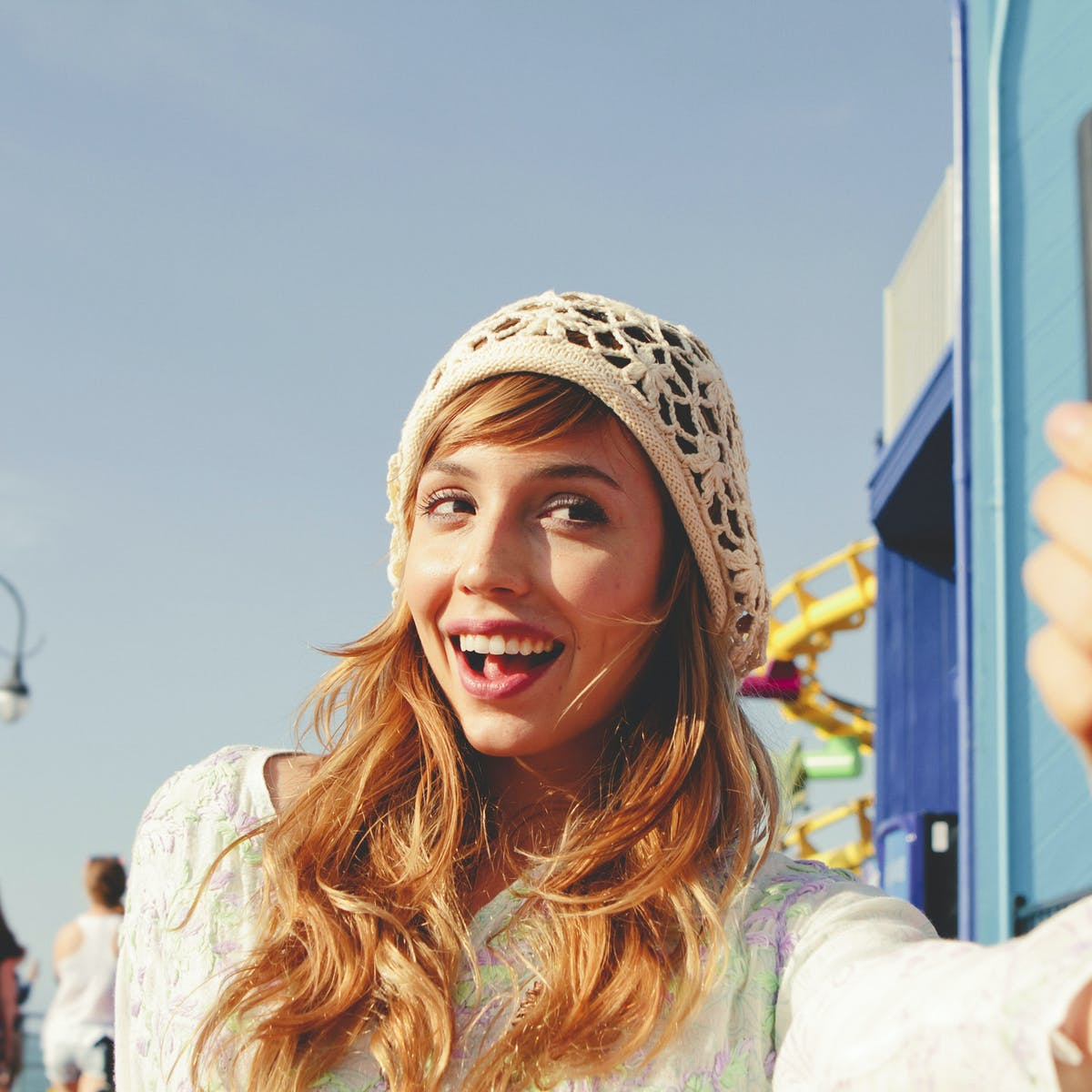 Warning: your selfie obsession could ruin your relationship