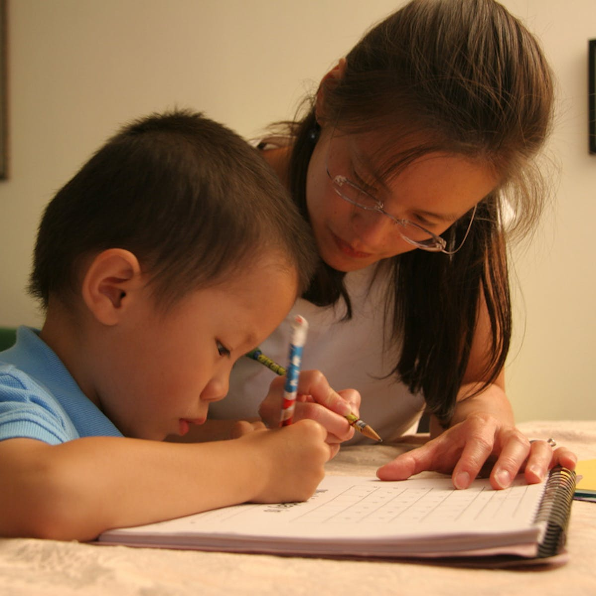 When do children learn to write? Earlier than you might think