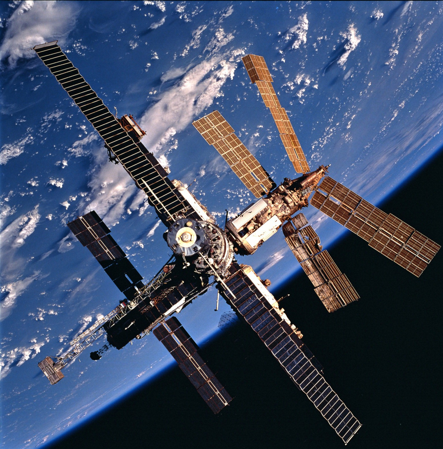 Mir Set A Precedent For Collaboration In Space  U2013 But Its Legacy Is Now At Risk