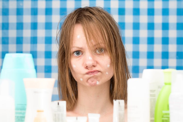 Acne treatment: antibiotics don't need to kill bacteria to clear up