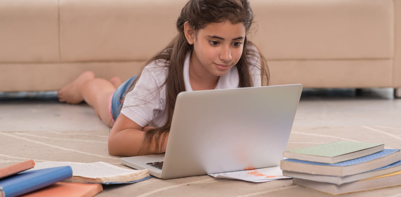 Students struggle with digital skills because their teachers lack confidence