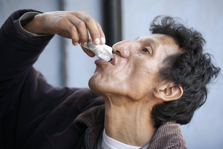 how do antibiotics kill tuberculosis