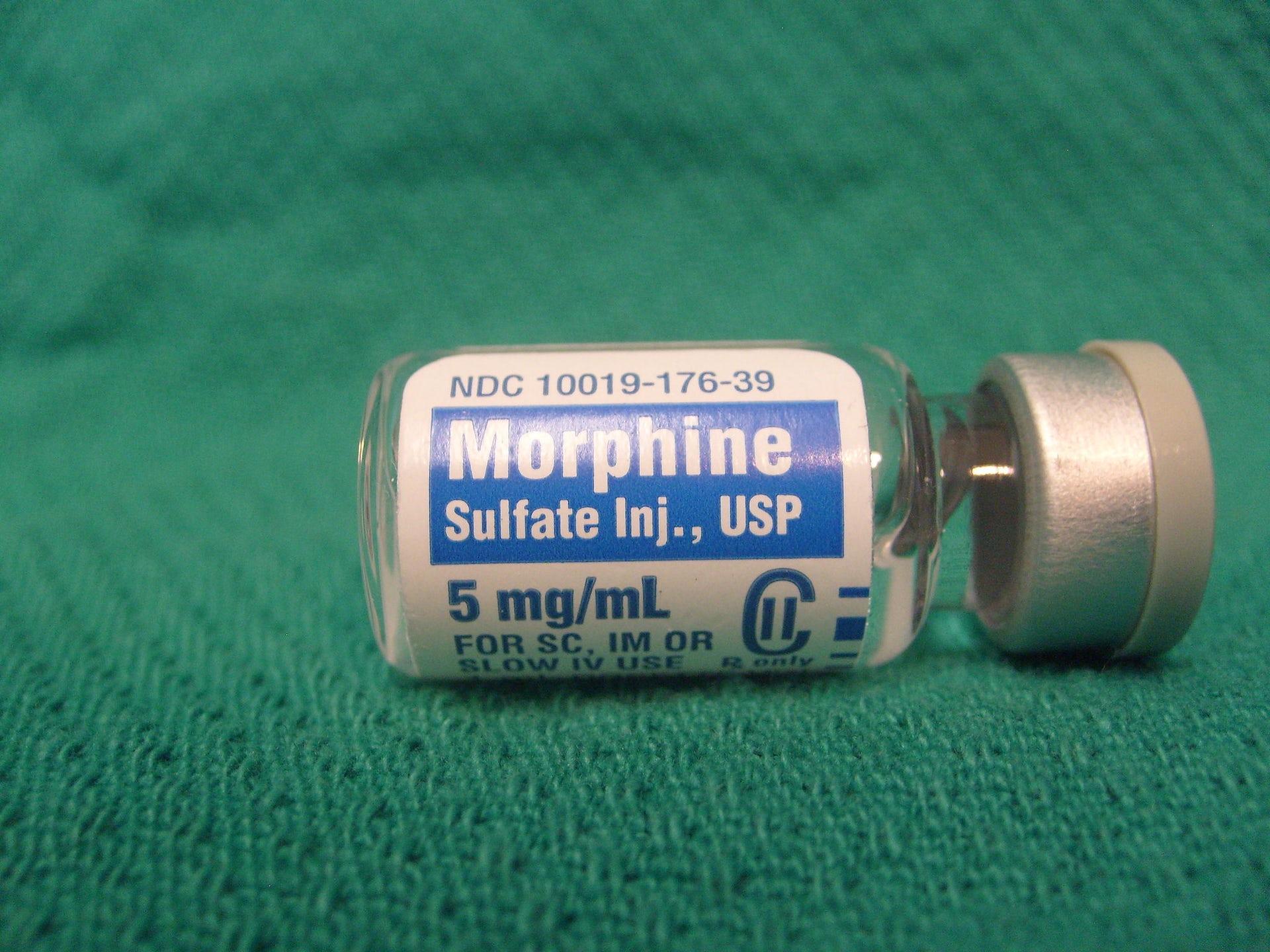 Morphine vial