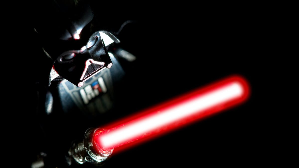 Why Lightsabers Would Be Far More Lethal Than George Lucas Envisioned