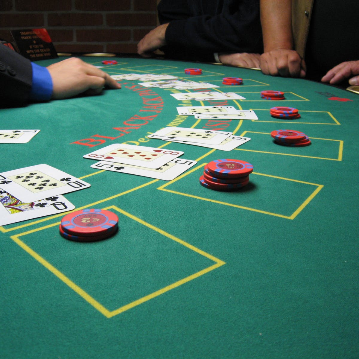 Online play roulette game