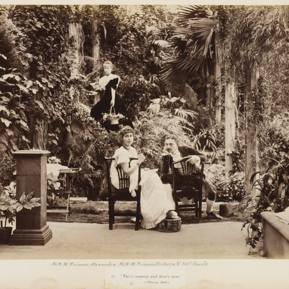 Shedding light on the 'Pre-Raphaelite stunners'