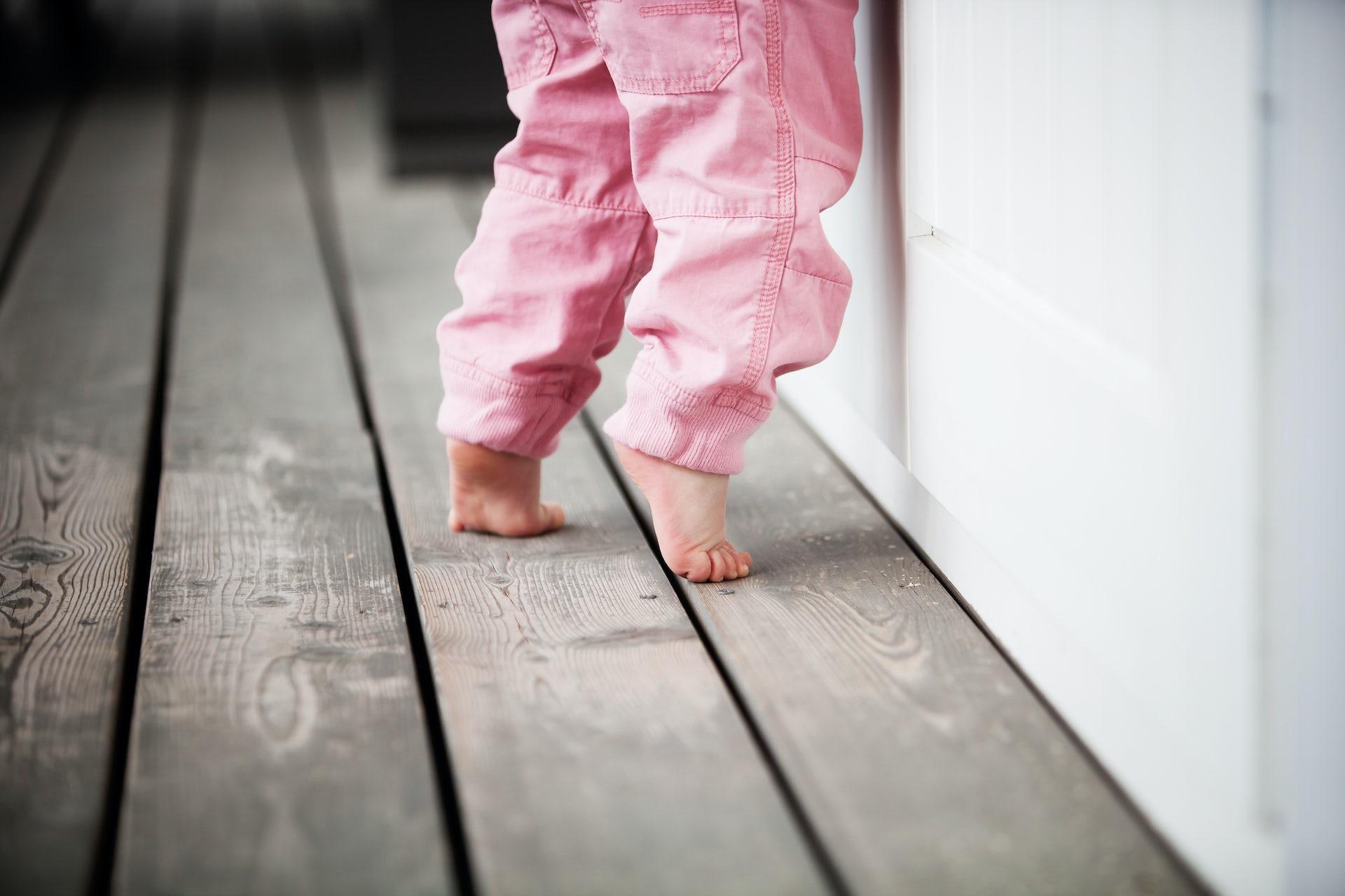 toddler-walking-on-toes