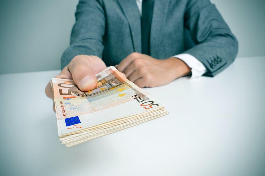 20 245 euros to dollars