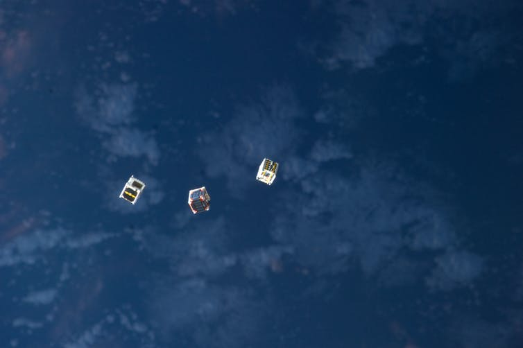 cubesat communication satellites
