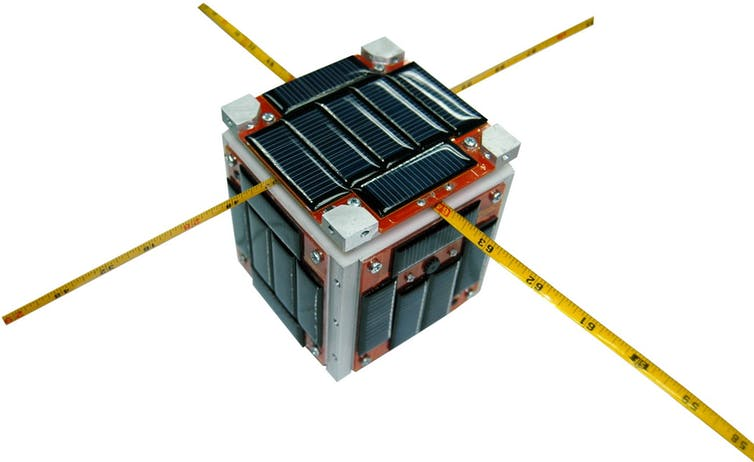 modular communication satellite