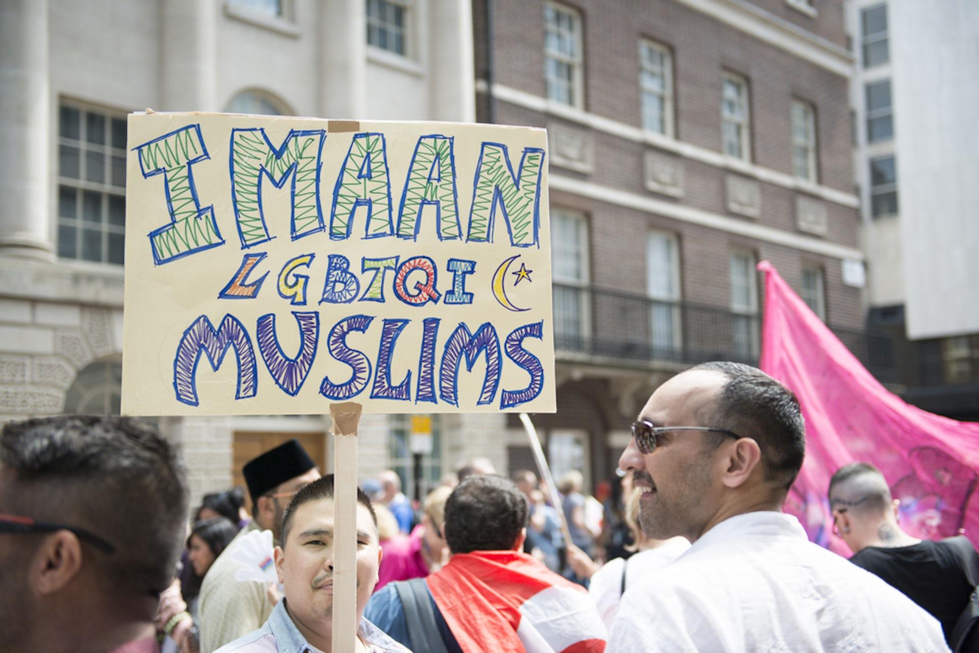 Gay muslim hookup london