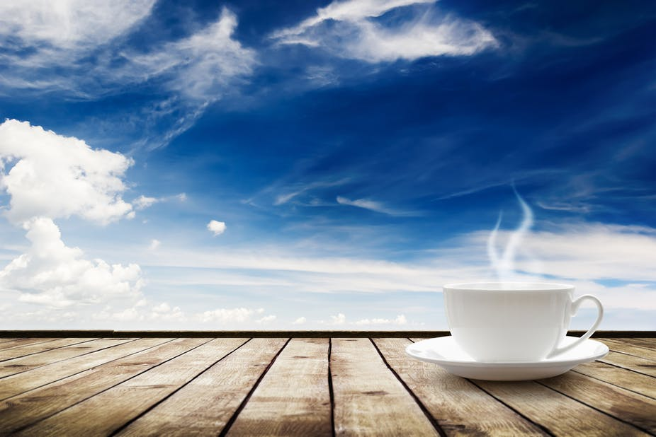 Does drinking hot tea in summer really cool you down?