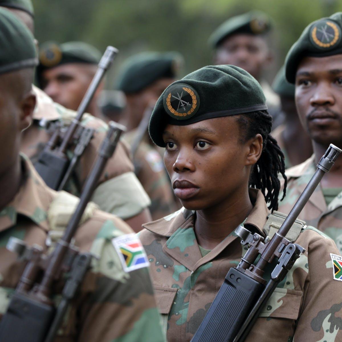 Pics military women 10 Most