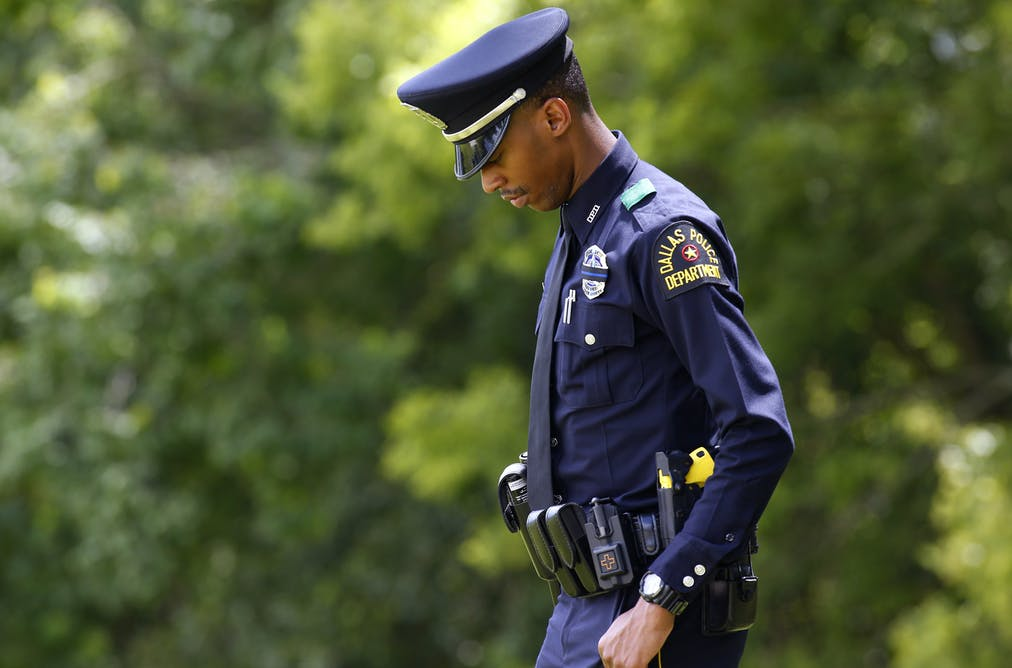 if i were a police officer essay Female police officers in only two percent of all police were women such as conflicts engendered by being both a black woman and a police officer.