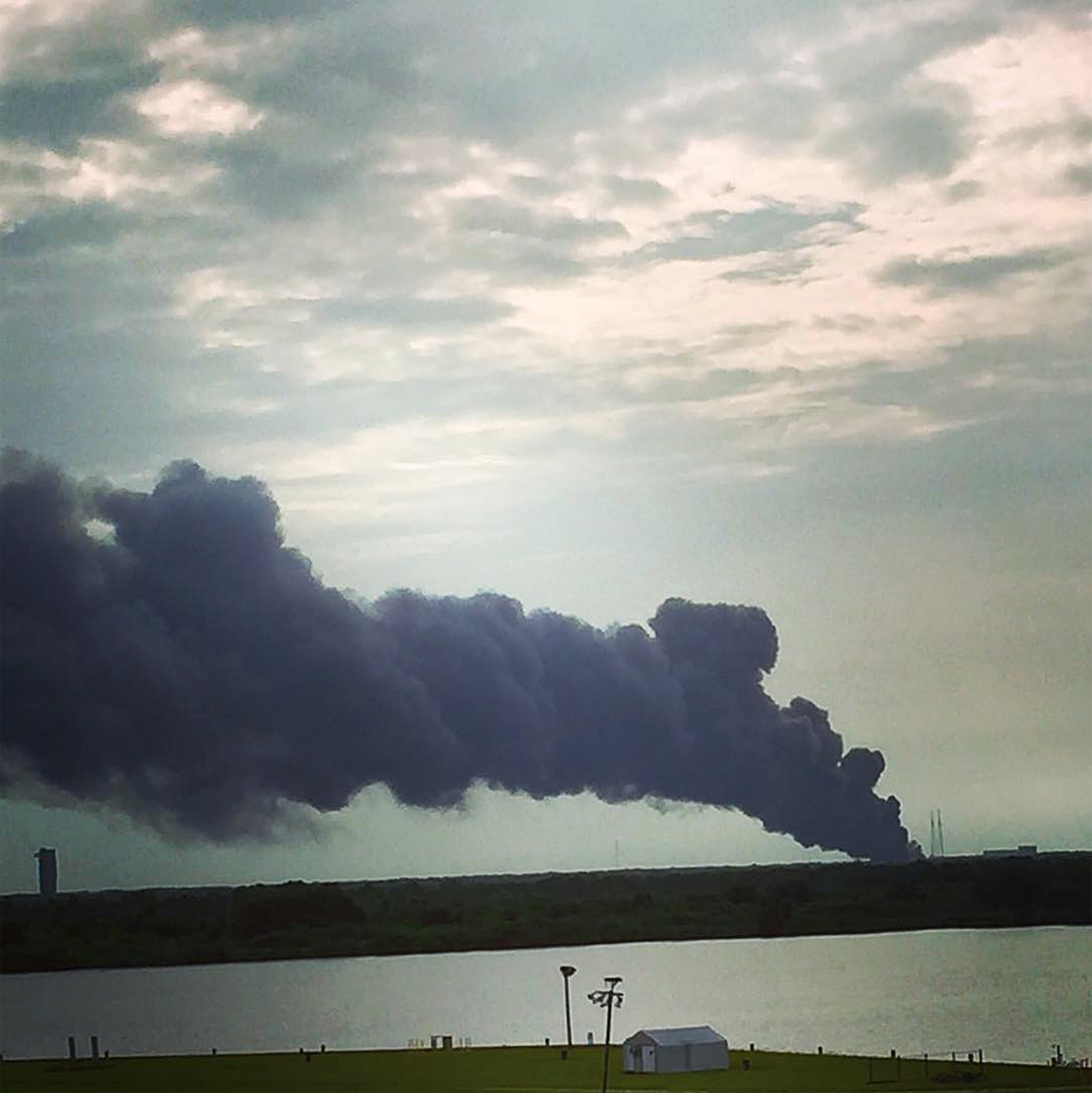 SpaceX explosion shows why we must slow down private space exploration until we rewrite law