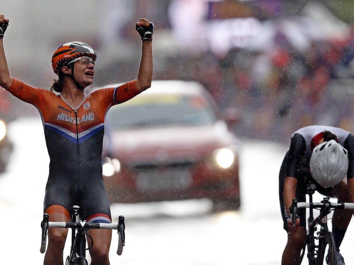 Female cyclists body