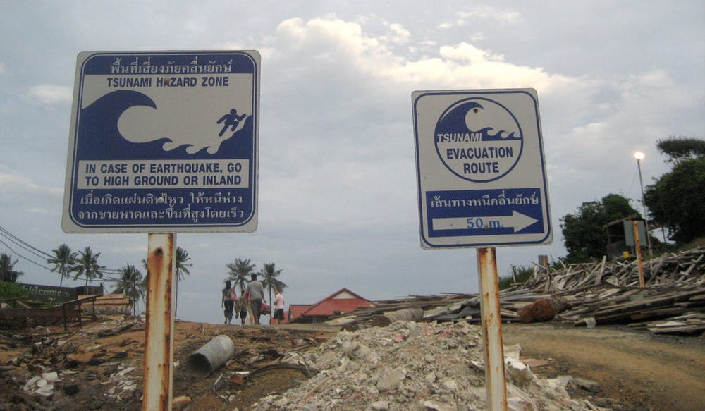 explainer how to prepare for a tsunami keep a look out for any tsunami warnings signs flickr thumbnail16 cc by