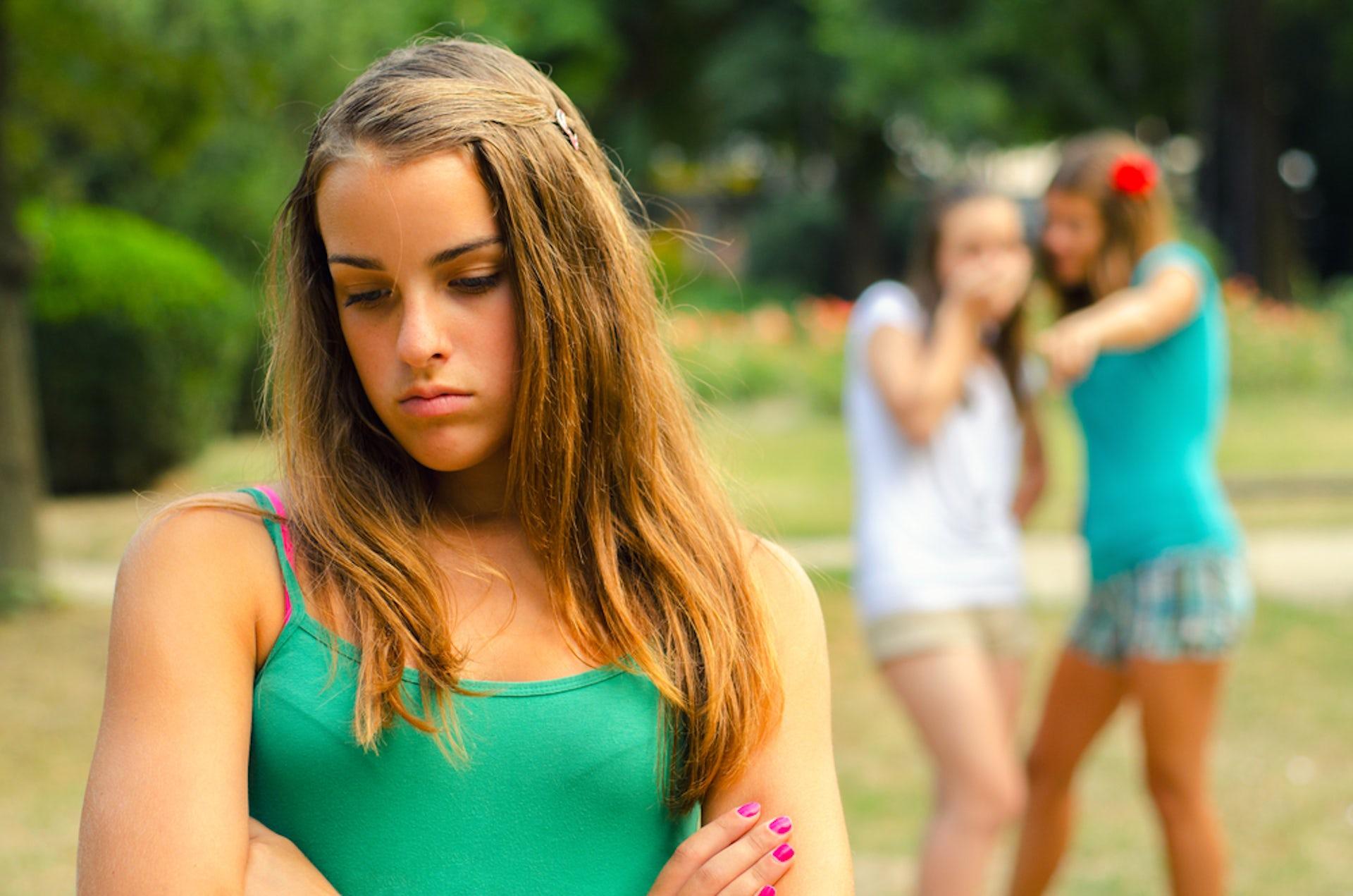 jeune lycéenne salope meuf trop bonne nue