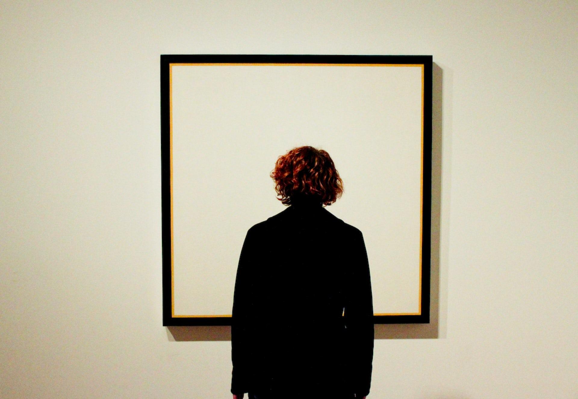 An art critic is ... Science art history. Profession art critic