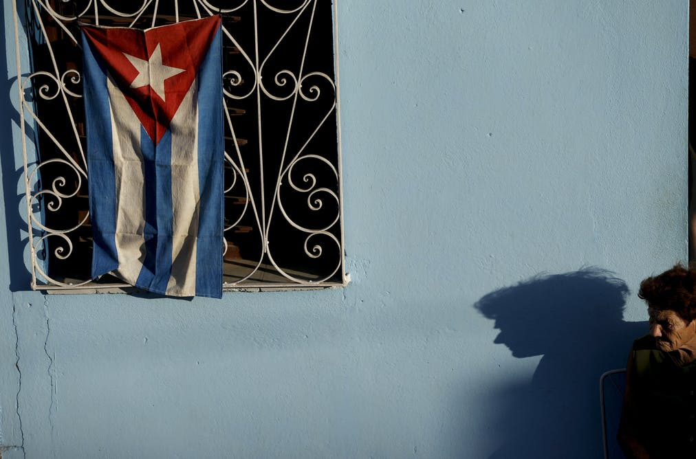 Process Paper Essay A Woman Waits Behind A Cuban Flag For The Arrival Of Fidel Castros Funeral  Procession In Esperanza Cuba Ap Photosnatacha Pisarenko Essays For Kids In English also Research Paper Essay Example Fidel Castro Immortalised In Photographs Apa Sample Essay Paper