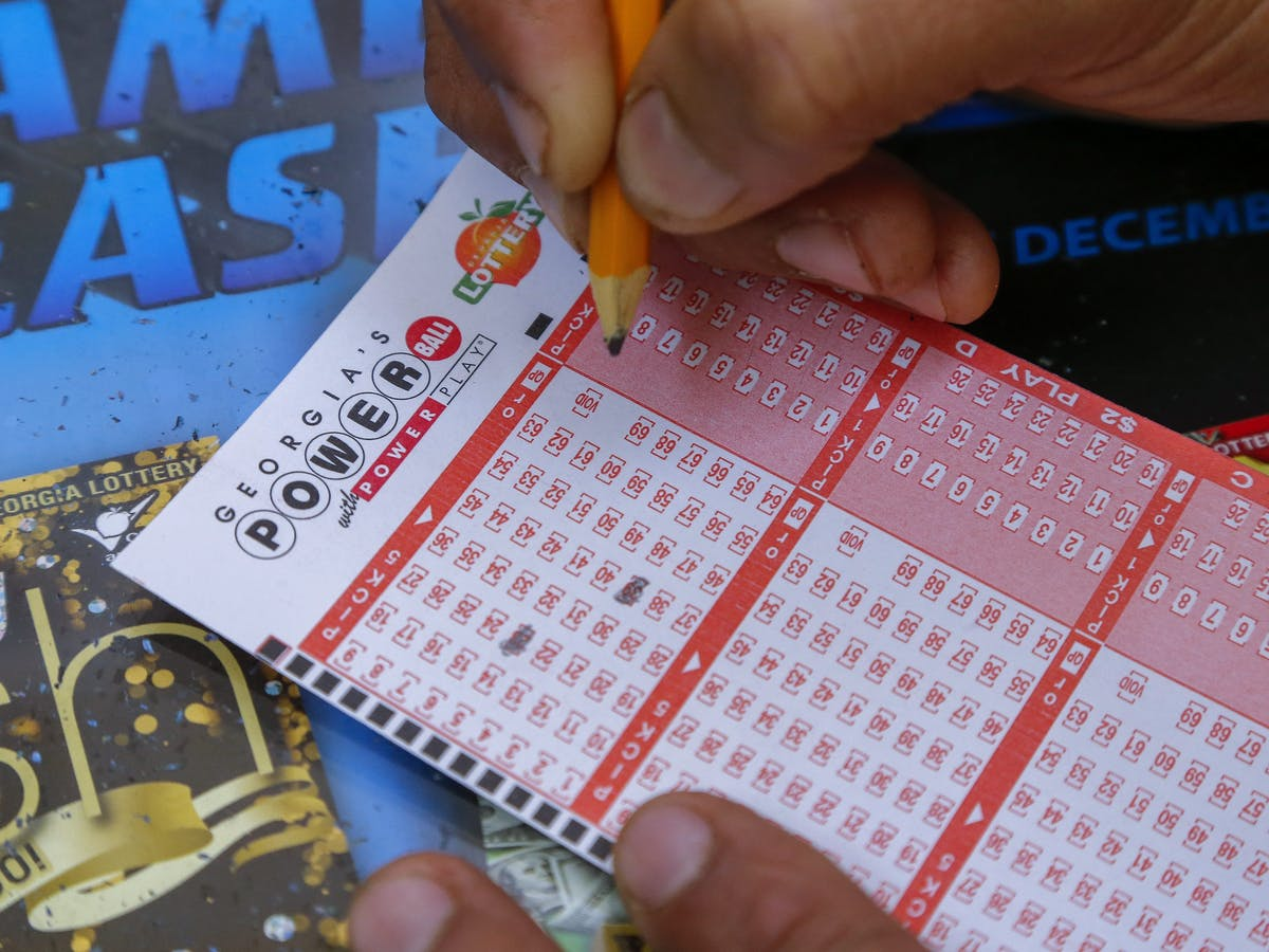 Seven reasons we play lotto – even though we know we probably won't win the  jackpot