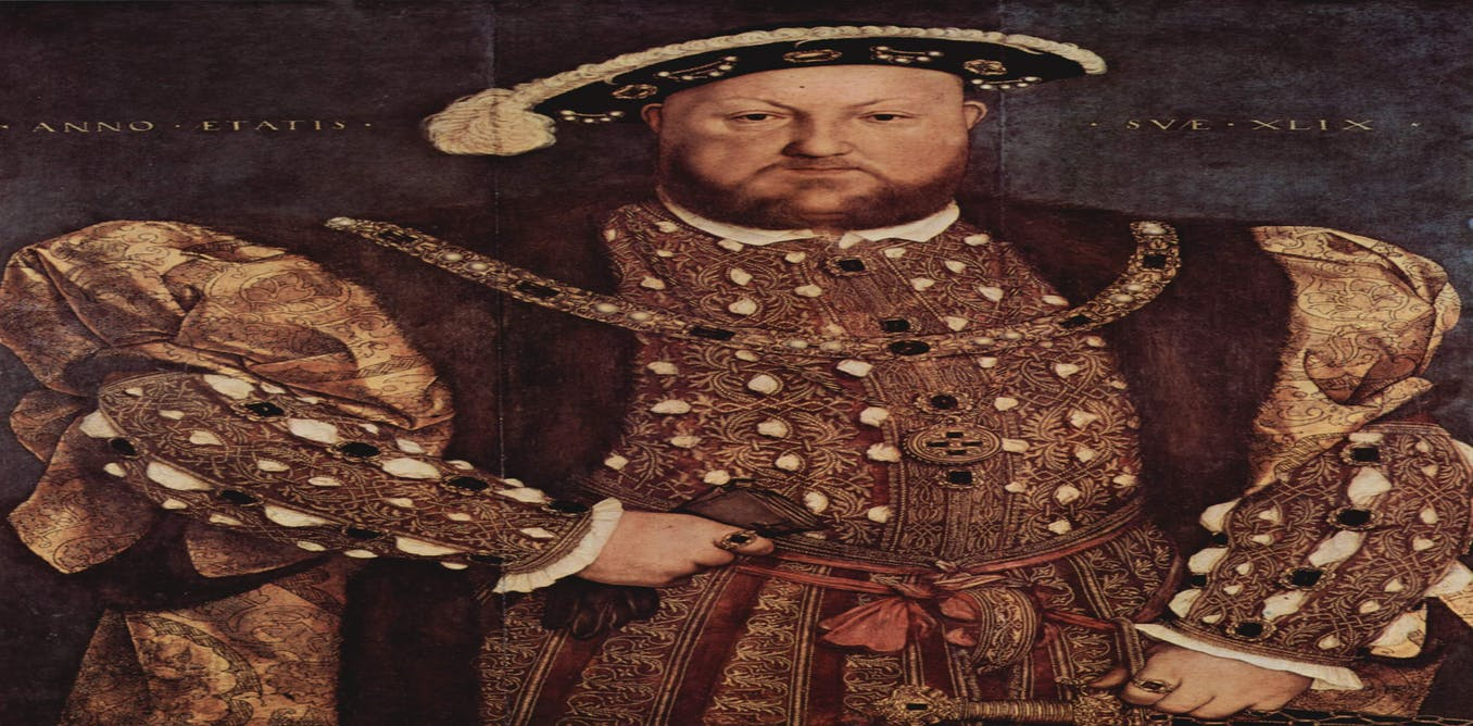 Couple uncover medieval mural of King Henry VIII
