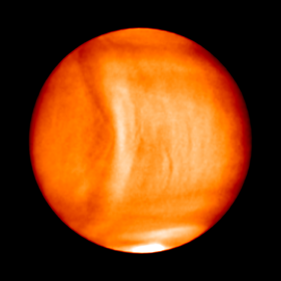 Astronomers spot strange, bow-like structure in Venus ...