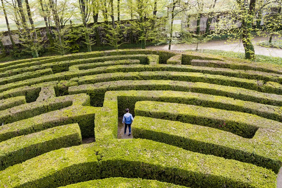 How To Escape A Maze According To Maths