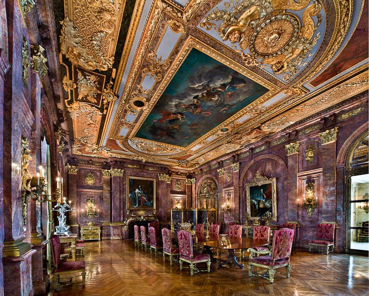 Going For Gold Trump Louis Xiv And Interior Design
