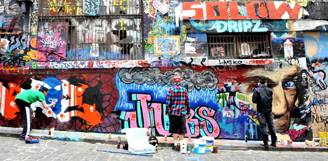 Some rough sleepers are attracting tourists with their street art