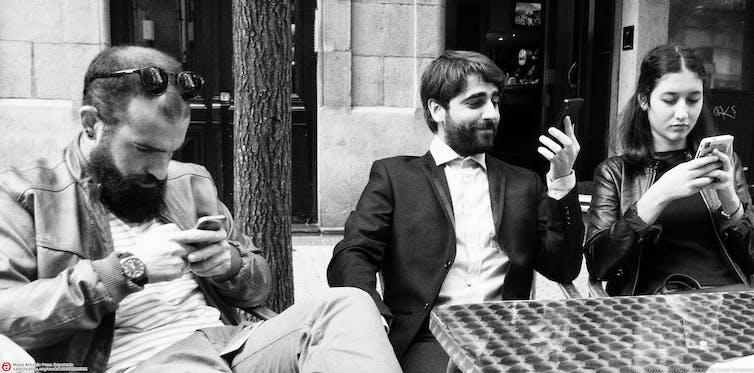 Ensemble mais ailleurs. PROMario Antonio Pena Zapatería / Flickr, CC BY-SA