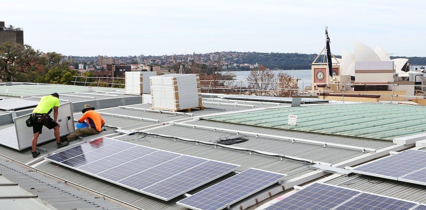 three charts on the incredible shrinking renewable energy job market