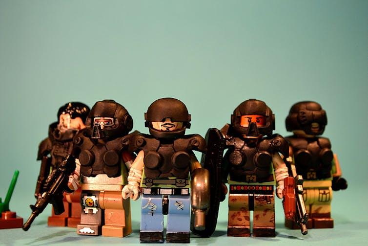 Pour la paix en entreprise, faut-il forcément se préparer à la guerre ? JWL/Flickr, CC BY-SA