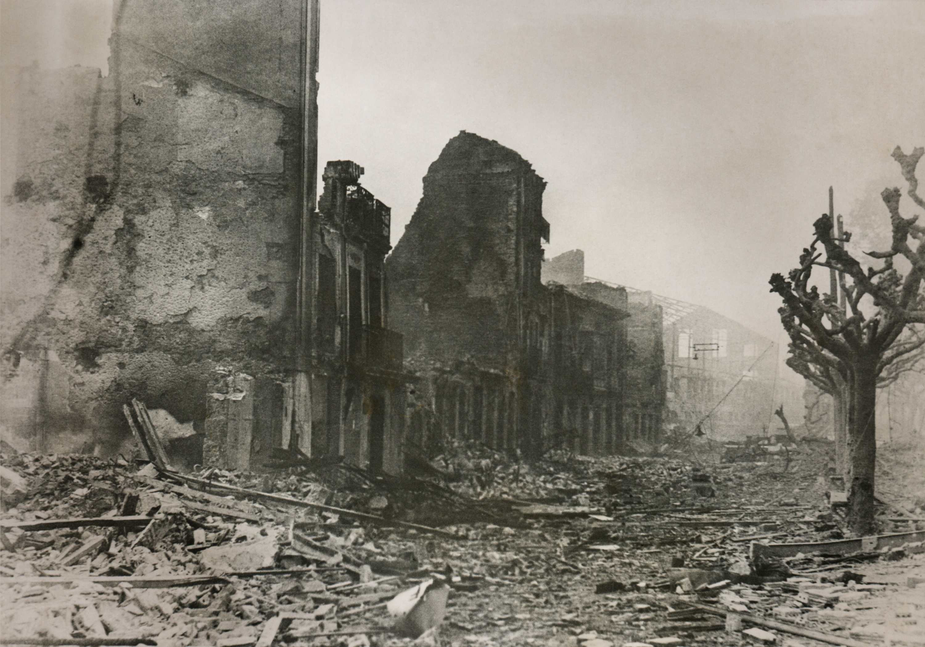 80 years on from the guernica bombing and spain is still