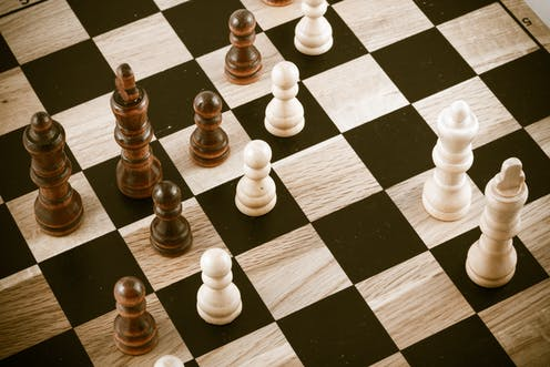 Learn how to play chess online tutorial