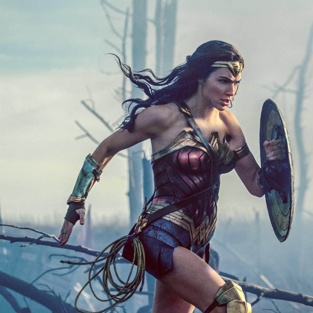 Review Wonder Woman Reinvigorates Tired Superhero Conventions