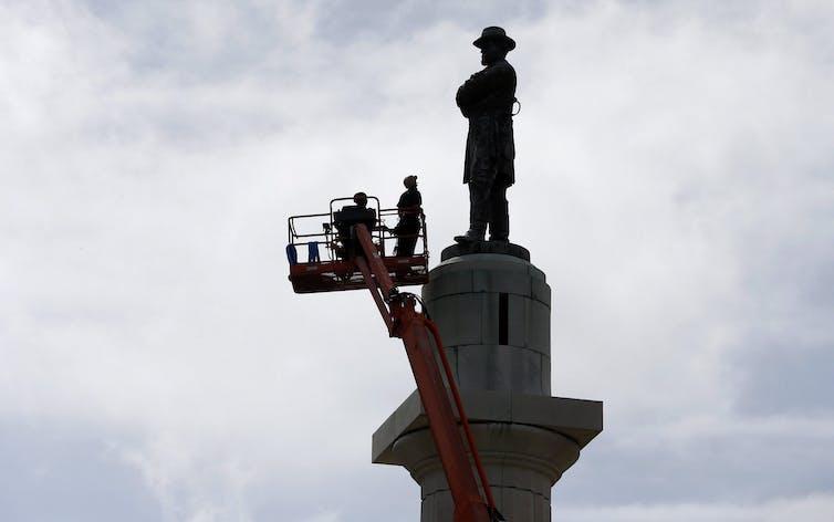 Crews find time capsule while removing Missouri confederate memorial
