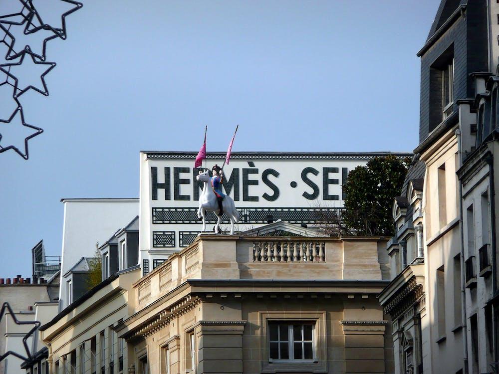Hermès   dans les coulisses d une perle du luxe français 2995905f256