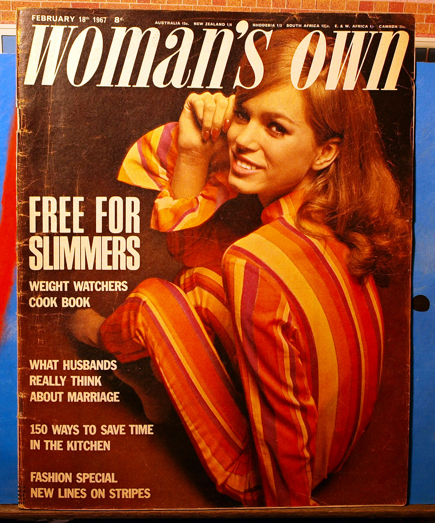 Poster Reproduction Woman/'s Realm 1960 Vintage Womens Magazine Cover