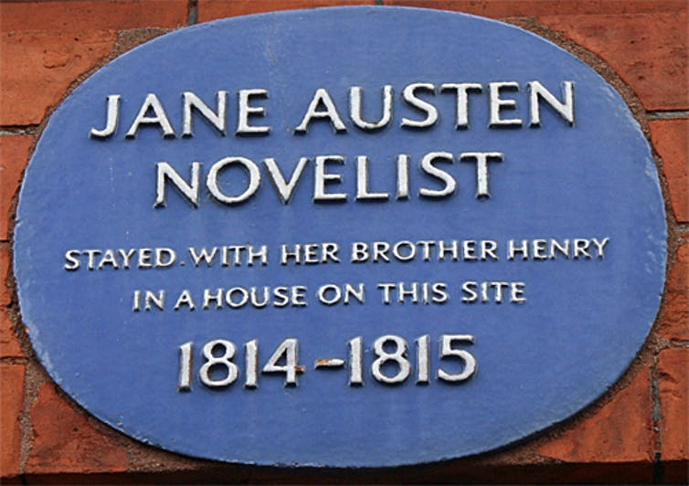 A plaque marks the Austens' home near Harrods in London. Credit: Diane Griffiths/Flickr, CC BY