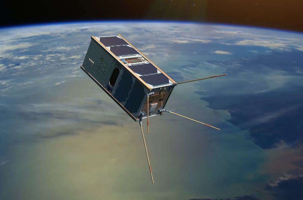 Mayak nunca pudo desplegar su reflector solar, está en órbita, pero no brilla