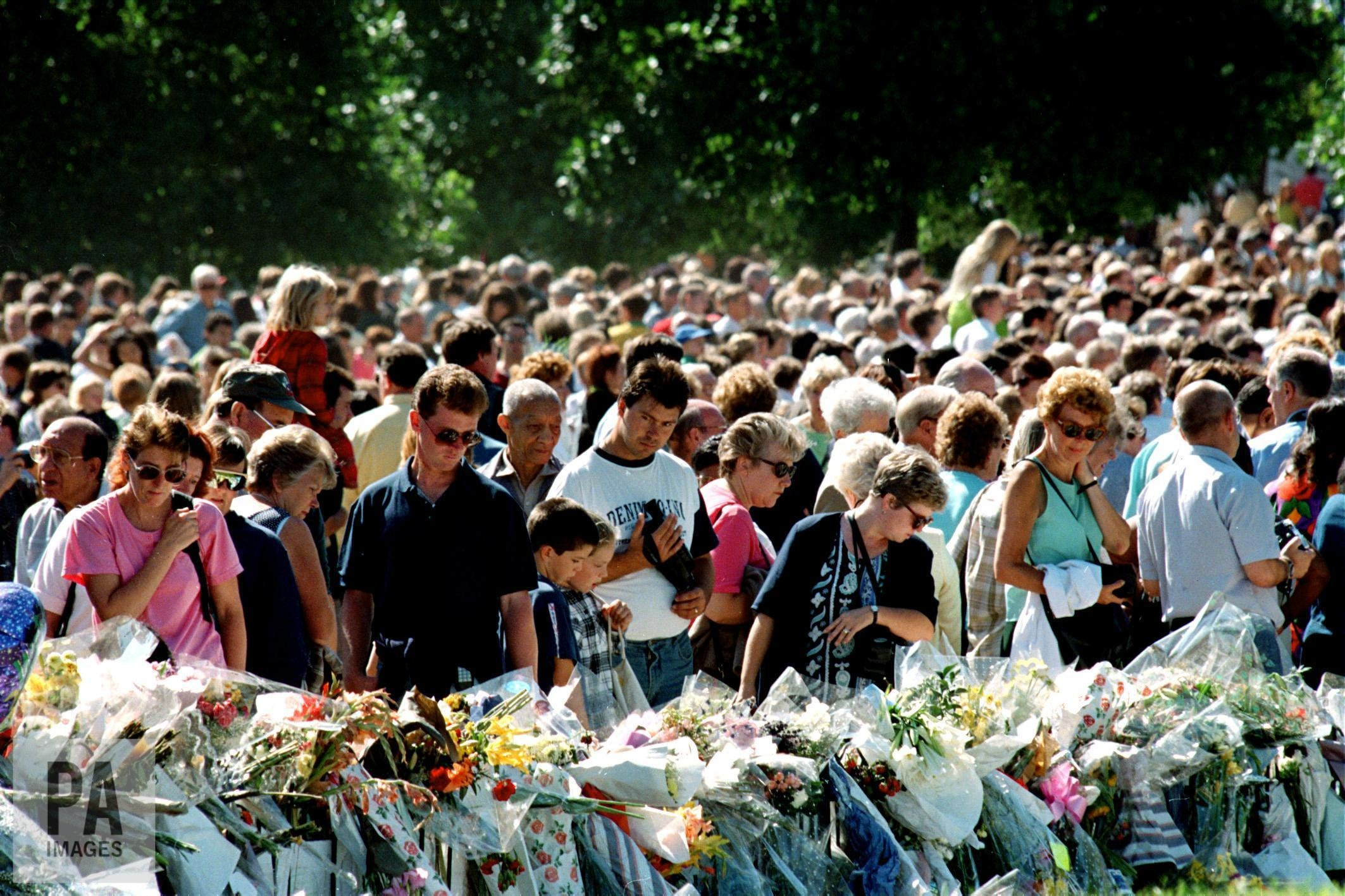 The public mourns over the death of actor and TV host Igor Kvasha 30.08.2012 48