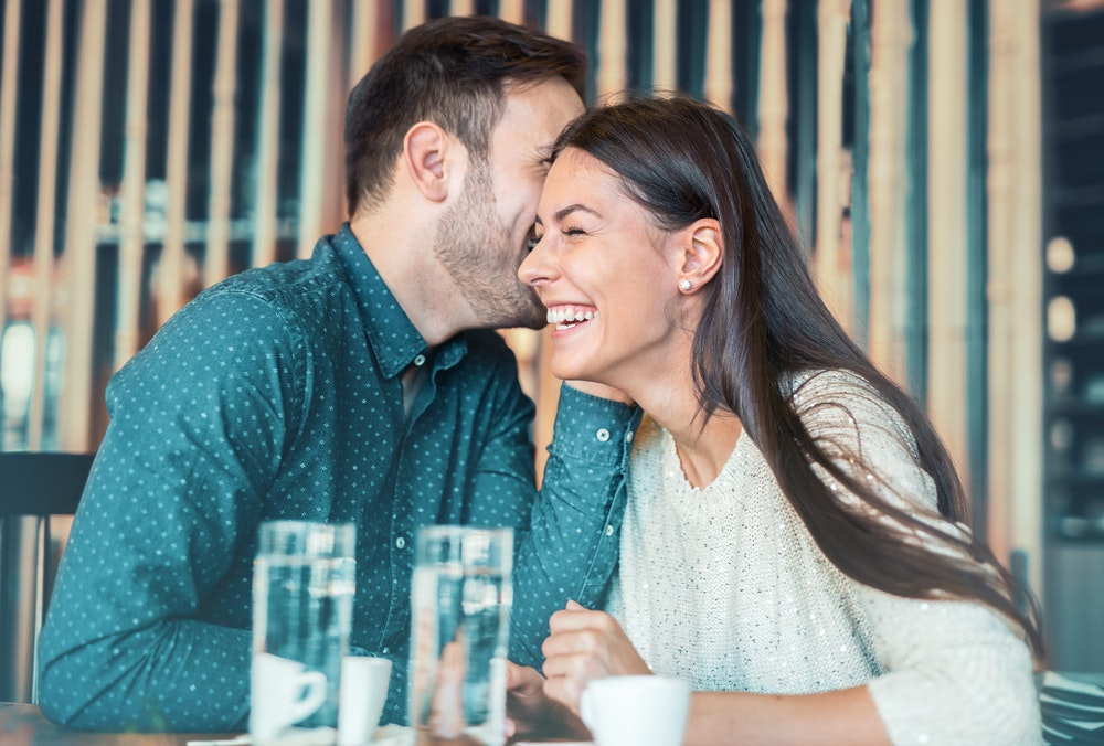 dating a beautiful woman is harder than it sounds