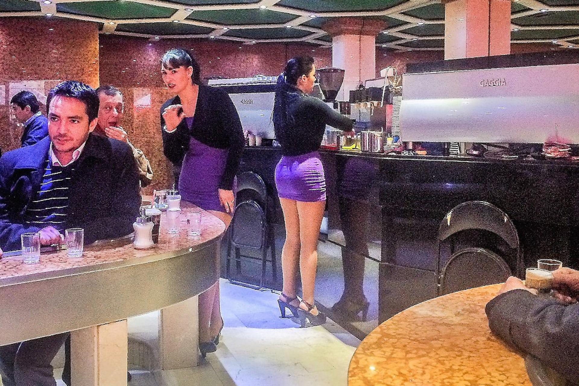 Teen girls in Santiago