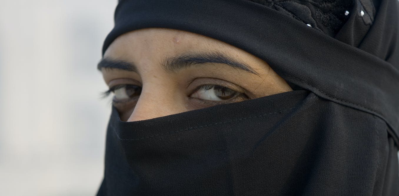So few Muslim women wear the burqa in Europe that banning ...