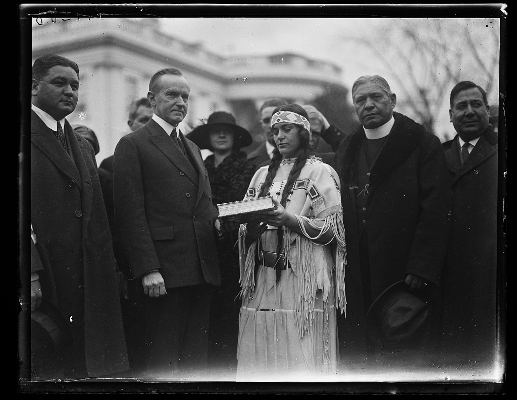 President Calvin Coolidge Meeting With A Delegation Of Native Americans At The White House Library Of Congress